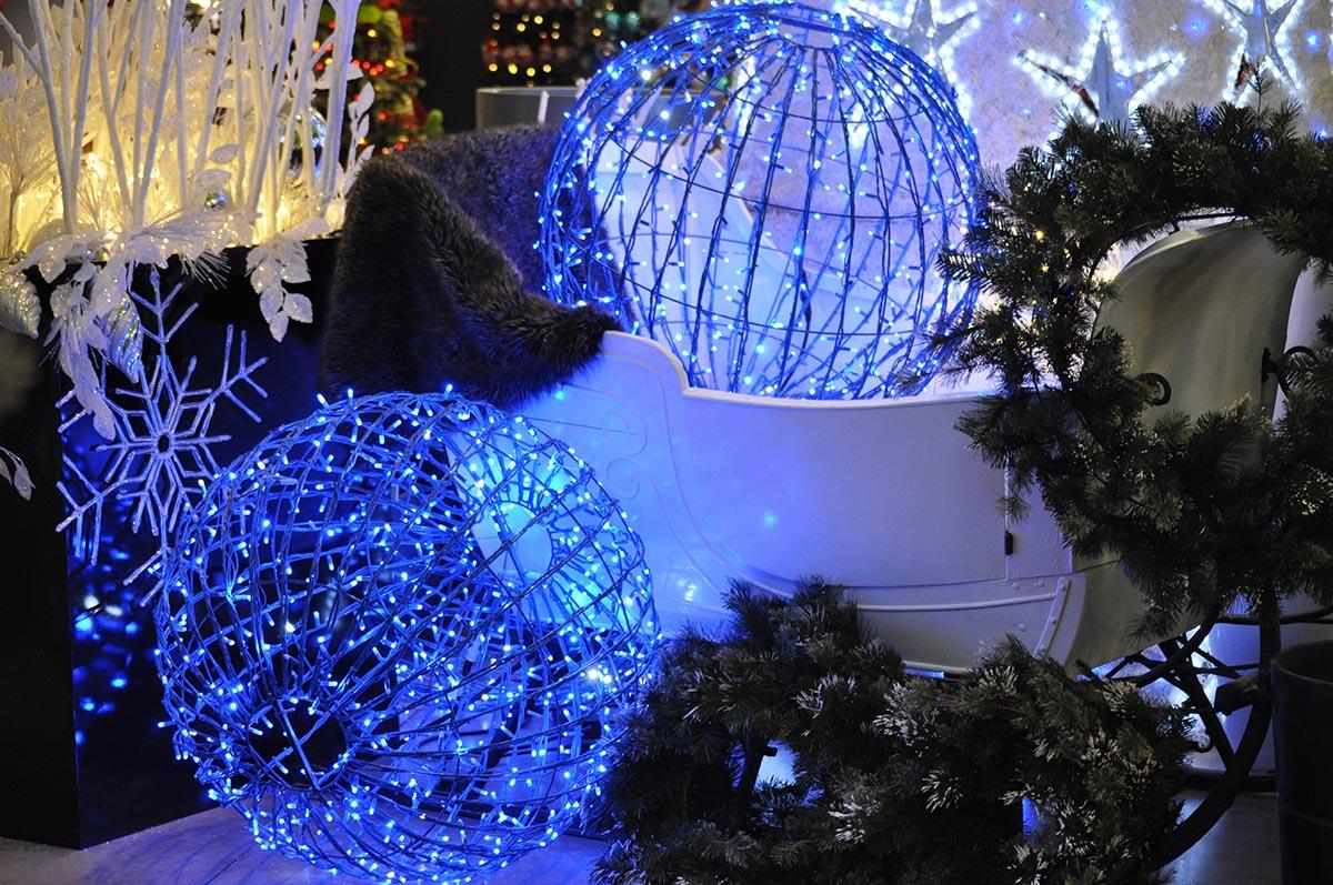 blue light spheres - Christmas Light Spheres